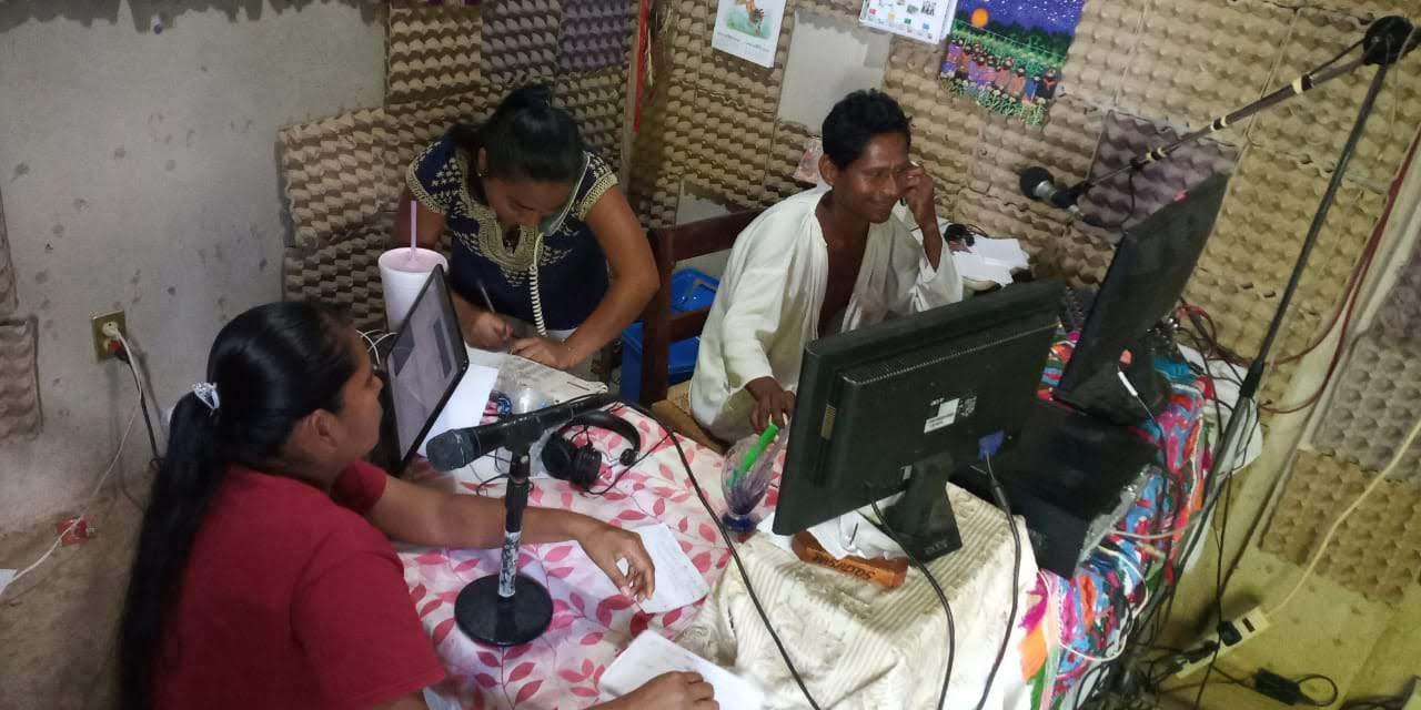 Encuentro de Radios Comunitarias y Medios Libres – 15 aniversario RÑ_063
